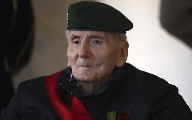 Hubert Germain, dernier Compagnon de la Libération, le 26 novembre 2021. (Crédit : Michel Euler / POOL / AFP)