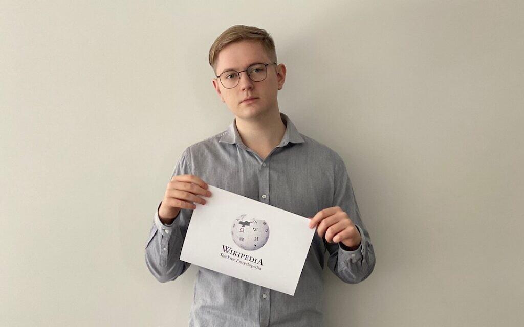 Oliver Szydlowski, membre de WikiProject Poland, un étudiant polonais qui fréquente une université australienne. (Crédit : Oliver Szydlowski/ via JTA)