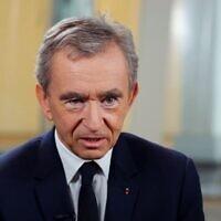 Bernard Arnault, président et directeur-général de  LMVH (Moët-Hennessy-Louis Vuitton. (Capture d'écran : YouTube)