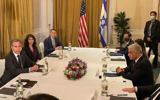 Le secrétaire d'État américain Antony Blinken et le ministre des Affaires étrangères Yair Lapid se rencontrent à Rome, le 27 juin2021 (Crédits: Stefano Meloni, ambassade d'Israël à Rome)