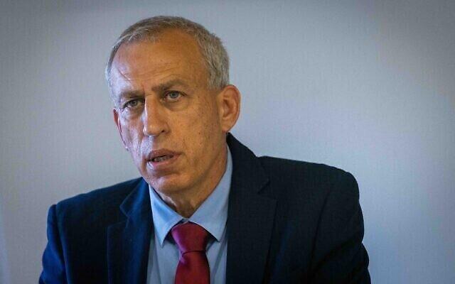 Le responsable coronavirus Nachman Ash lors d'une conférence de presse à Jérusalem le 23 juin 2021. (Yonatan Sindel / Flash90)