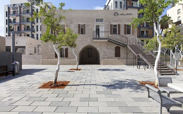 Une maison rénovée de Jaffa, faisant partie des visites organisées pour Batim Mibifnim, du 17 au 19 juin 2021. (Autorisation : Amit Herman)