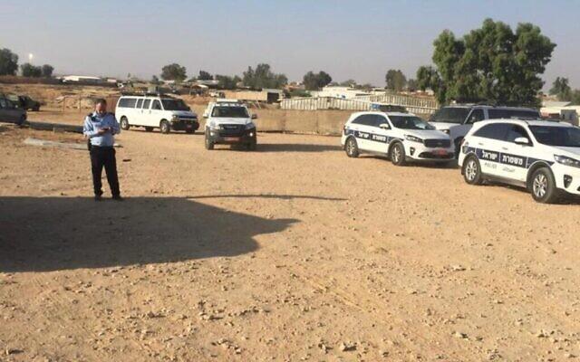 Une opération de police contre des constructions illégales de Bédouins dans le désert du Néguev, le 13 juin 2021. (Autorisation : Salman ibn Hamid)