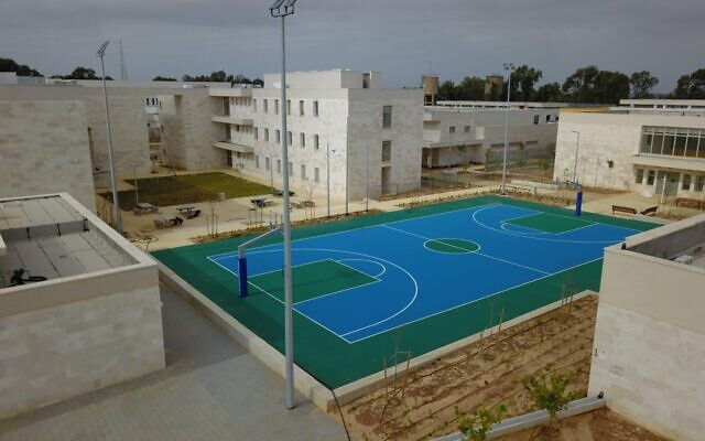 Le complexe militaire Prison 10, construit pour remplacer en mars 2021 les prisons actuelles de Tsahal datant de l'époque du Mandat britannique.  (Crédit : Tsahal)