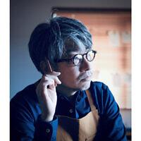 Kentaro Kobayashi, l'un des organisateurs de la cérémonie d'ouverture des jeux olympiques de Tokyo. (Crédit : Tokyo 2020 via AP)