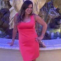 Cette photo du 1er juin 2021 fournie par Liz Segel montre Estelle Hedaya au Caesars Palace à Las Vegas. (Crédit : Liz Segel via AP)