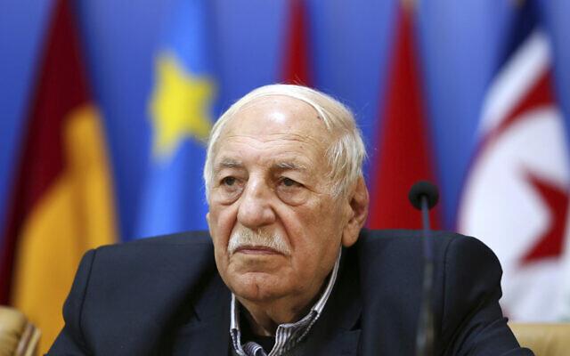 Le chef du Front populaire de libération de la Palestine - Commandement général  Ahmad Jibril lors d'une conférence à Téhéran, le 21 février 2017. (Crédit : Ebrahim Noroozi/AP)