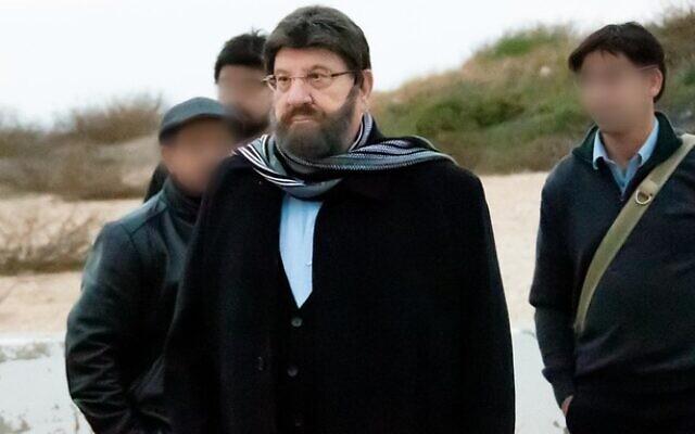 Photo non-datée du président Reuven Rivlin déguisé. (Crédit : Shin Bet)