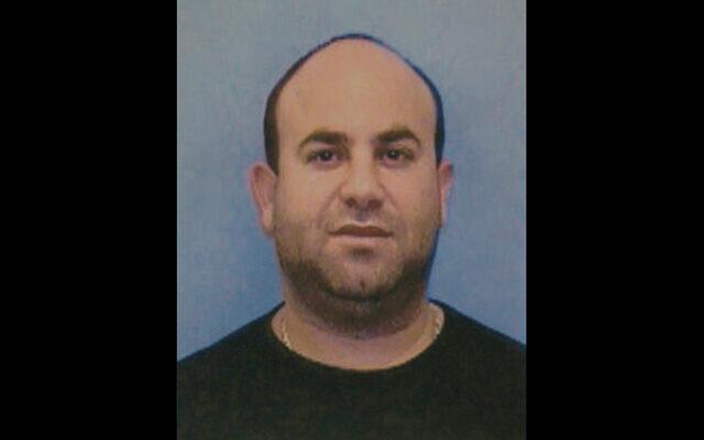 Cette image fournie par la police de Dormont, en Pennsylvanie, montre Moshe Journo, un Israélien qui aurait été en fuite pendant 15 ans après avoir été accusé du viol d'une adolescente en Pennsylvanie. Journo a été placé en détention provisoire à la prison du comté d'Allegheny après avoir été extradé vers les États-Unis le 21 février 2019. (Crédit : Police de Dormont/Pittsburgh Tribune-Review via AP)