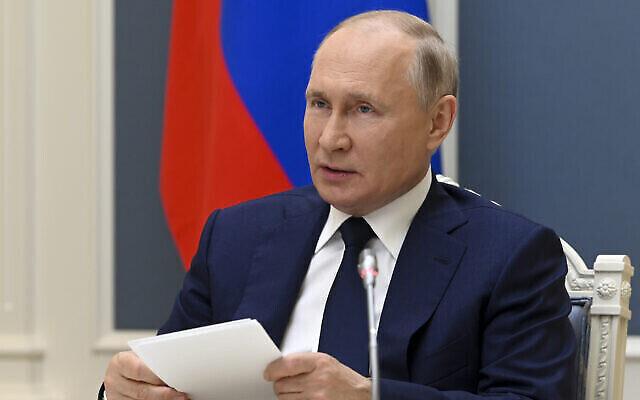 Le président russe Vladimir Poutine à Moscou, en Russie, le 1er juillet 2021. (Crédit : Alexei Nikolsky, Sputnik, Kremlin PoolPhoto via AP)