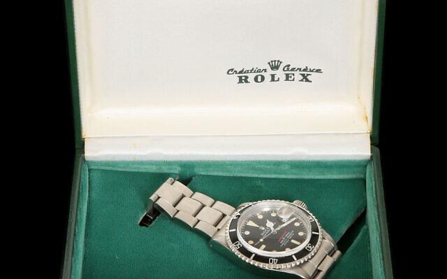 La montre qui avait appartenu à Yitzhak Rabin et qui a été vendue aux enchères, le 6 juillet 2021. (Crédit :  Tiroche Auction House)