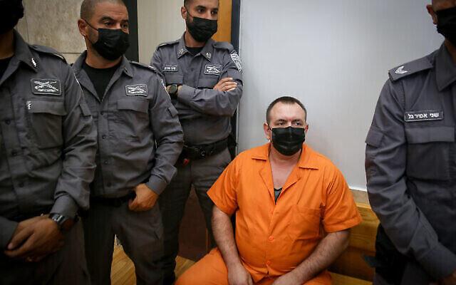 Roman Zadorov arrive pour une audience au tribunal de district de Nazareth le 18 août 2021. (Crédit : David Cohen / Flash90)