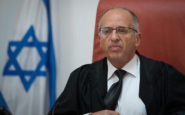 Le juge de la Cour suprême Noam Sohlberg à la Cour suprême à Jérusalem, le 27 mars 2019. (Yonatan Sindel/Flash90)