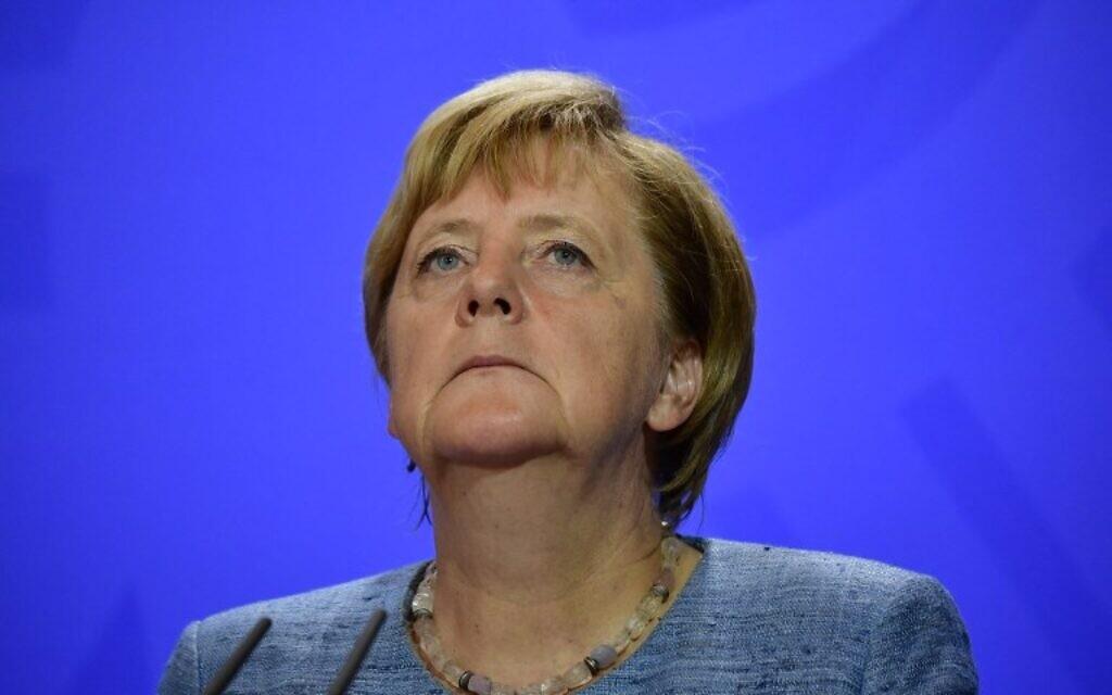 La chancelière allemande Angela Merkel lors d'une conférence de presse après une réunion avec les partenaires sociaux à Meseberg, à l'est de l'Allemagne, le 3 septembre 2018. (Crédit : AFP PHOTO / Tobias SCHWARZ)