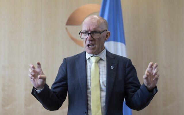 Robert Floyd, secrétaire exécutif de l'Organisation du Traité d'interdiction complète des essais nucléaires (OTICE), lors d'un entretien avec l'AFP à Vienne le 15 septembre 2021. (Crédit : ALEX HALADA / AFP)