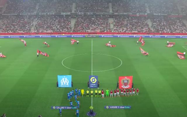 Les équipes de Nice et de Marseille au début du match du 22 août 2021. (Crédit : capture d'écran YouTube)