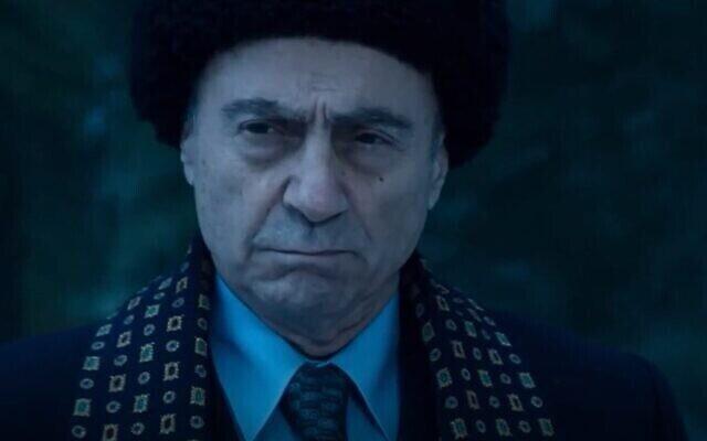 """Salim Dau dans le film """"Oslo"""" (Capture d'écran/HBO)"""