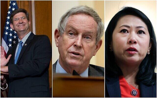 De gauche à droite: les députés Brad Schneider, Joe Wilson and Stephanie Murphy. (Composite / AP)