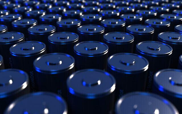 Les nouvelles cellules de batterie cylindriques 4680 de StoreDot pour les véhicules électriques peuvent être rechargées en seulement 10 minutes, a déclaré la société en septembre 2021. (StoreDot)