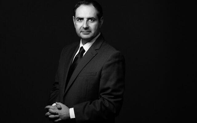 Elie Korchia, 50 ans, avocat au barreau de Paris, vice-président du Consistoire de Paris depuis 2010 et président du conseil des communautés juives des Hauts-de-Seine depuis 25 ans, le 18 octobre 2021. (Crédit : JOEL SAGET / AFP)