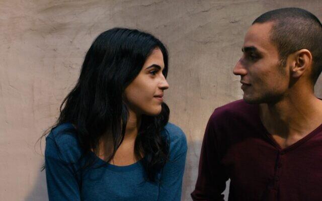 Image du film 'Omar' du réalisateur palestinien Hany Abu Assad, sorti en 2013 et actuellement diffusé sur Netflix à partir du 21 octobre dans le cadre des nouvelles Histoires palestiniennes. (Autorisation : 'Omar' PR)