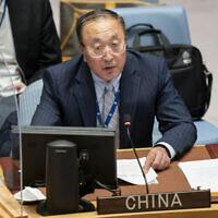 Zhang Jun, représentant permanent de la chine aux Nations unies, pendant une réunion du Conseil de sécurité, au cours de la 76è Assemblée générale de l'instance à New York, le 23 septembre 2021. (Crédit : AP Photo/John Minchillo, Pool)