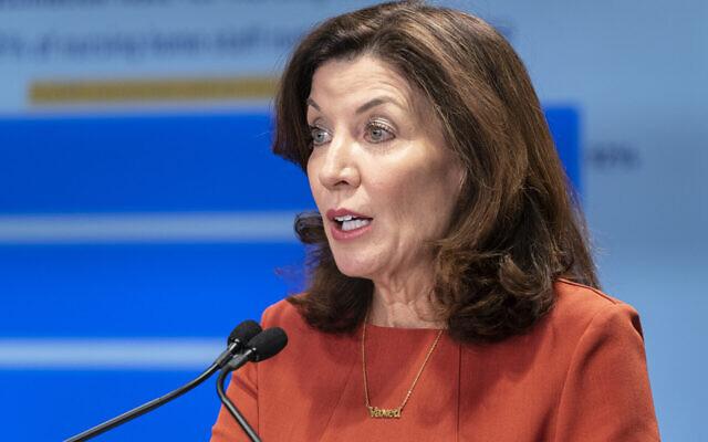La gouverneure de l'État de New York, Kathy Hochul. (Crédit : Lev Radin/Pacific Press/LightRocket via Getty Images/JTA)