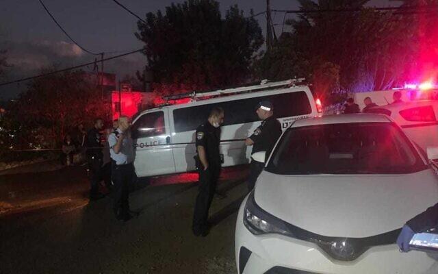 La scène où un homme a été abattu à Umm al-Fahm, le 19 octobre 2021. (Police israélienne).