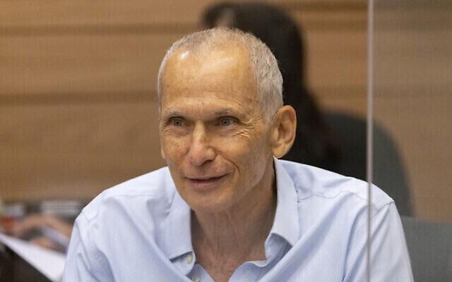 Le ministre de la Sécurité publique, Omer Barlev, lors d'une réunion du Comité de la Défense et des Affaires Etrangères, à la Knesset à Jérusalem, le 13 septembre 2021 (Crédit :  Olivier Fitoussi/Flash90).