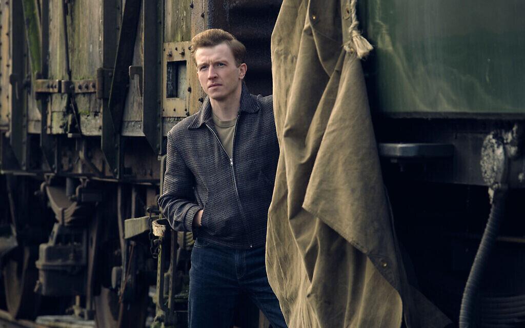Tom Varey dans le rôle de Jack Morris dans 'Ridley Road'. (Courtesy Red Productions/ Photographe : Matt Squire)