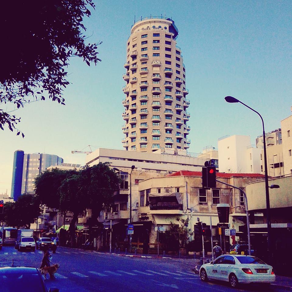Tel Aviv today – à Ben Yehuda Street. 14 avril 2016