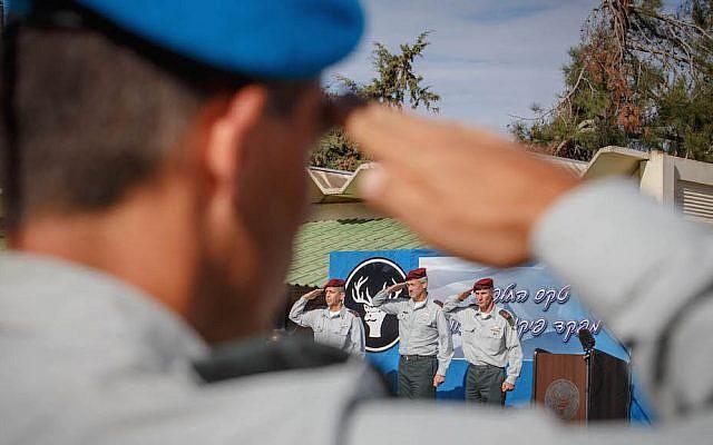 Benny Gantz, Général Yair Golan, et le Général Aviv Kochavi - novembre 2014. (Crédit : Flash90)