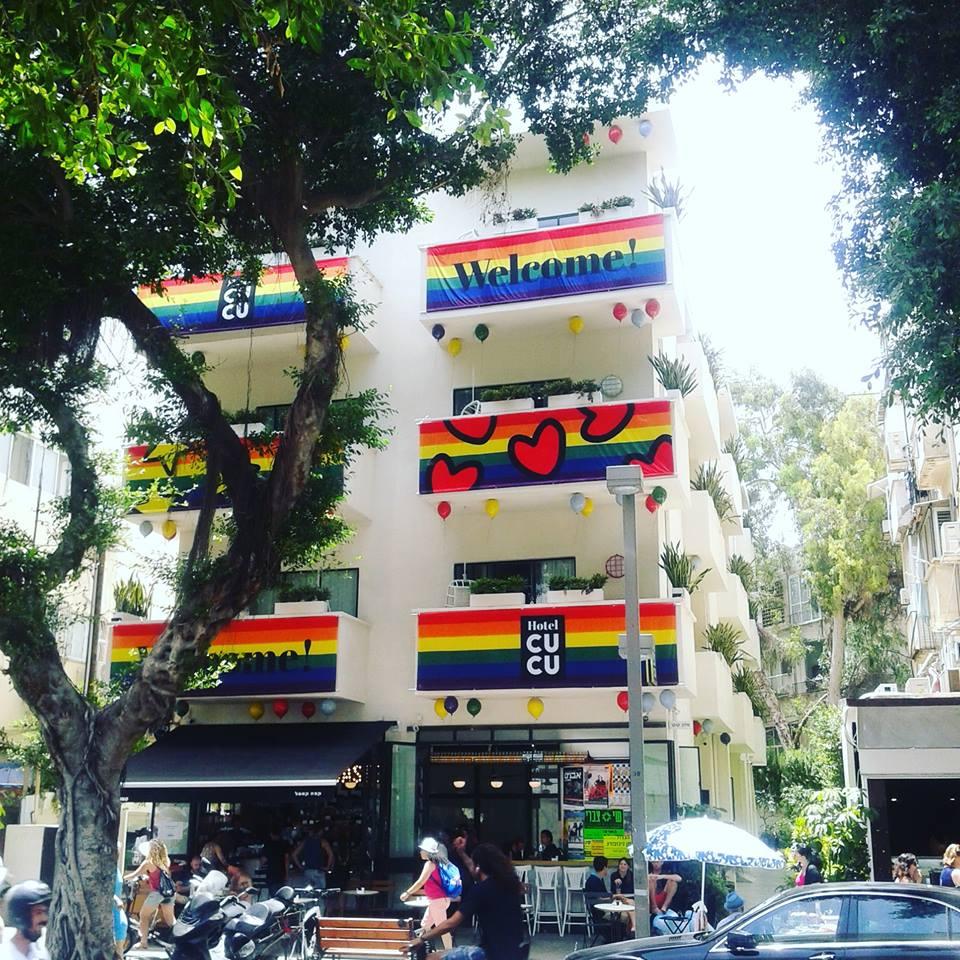 3 juin 2016 - Tel Aviv today #gaypride – à CUCU Hotel.