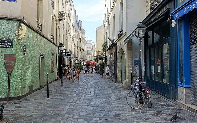 Quartier juif, rue des Rosiers, Paris. Photo: Guilhem Vellut/CC-BY
