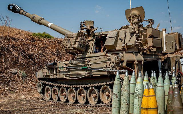 Vue d'une unité d'artillerie déployée près de la frontière libanaise à l'extérieur de la ville de Kiryat Shemona, dans le nord d'Israël, le 1er septembre 2019. Photo de Basel Awidat / Flash90