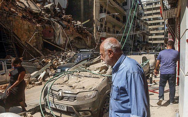 Une vue de bâtiments endommagés après une explosion massive à Beyrouth, Liban, 05 août 2020. Photo par Zaatari Liban / Flash90