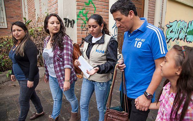 Humanitaire du HIAS en Equateur. Crédit : HIAS