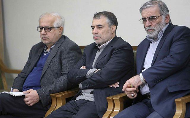 Photo publiée par le site officiel du bureau du chef suprême iranien, Mohsen Fakhrizadeh, à droite, participant à une réunion avec l'ayatollah Ali Khamenei à Téhéran, en Iran, le 23 janvier 2019. (Bureau du guide suprême iranien via AP)