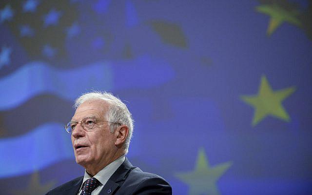 Le chef de la politique étrangère de l'Union européenne, Josep Borrell, s'exprimant lors d'une conférence de presse au siège de l'UE à Bruxelles, le mercredi 2 décembre 2020. (Johanna Geron, Piscine via AP)
