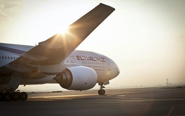 Avion de la compagnie El Al à l'aéroport de Tel Aviv Ben Gourion. 5 août 2013. Photo par Moshe Shai / Flash90