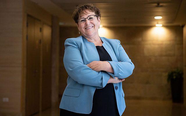 La candidate aux élections présidentielles, Miriam Peretz à la Knesset, le parlement israélien à Jérusalem, le 1er juin 2021. Photo de Yonatan Sindel/Flash90