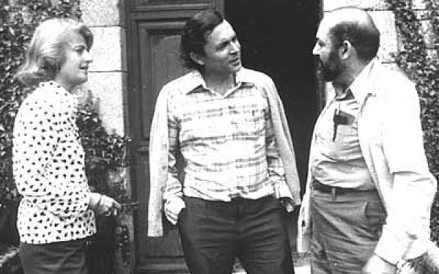 Marie-Odile et Jean-Pierre Faye avec Samuel J Keyser à Cerisy.