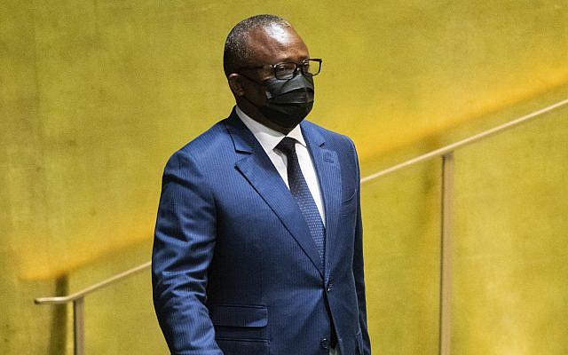 Le président de la Guinée-Bissau, Umaro Sissoco Embalo, arrive pour s'adresser à la 76e session de l'Assemblée générale des Nations Unies le mercredi 22 septembre 2021. (Eduardo Munoz/Pool Photo via AP)