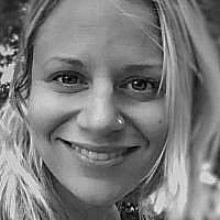Sarah Tuttle Singer