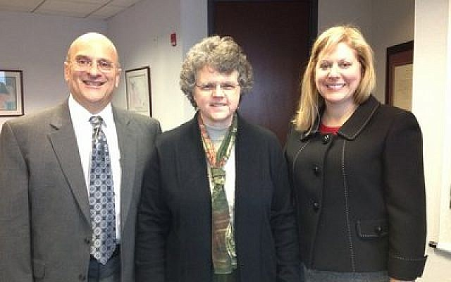 Debbie Winn-Horvitz (right) with Don Shulman, CEO of the National Association of Jewish Aging Services and Kathy Greenlee, assistant secretary for aging at the U.S. Department of Health and Human Services. (Jewish Association on Aging photo)