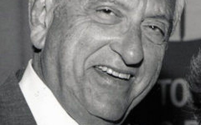 William Kahn
