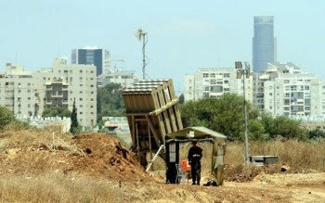 The Iron Dome missile battery is seen near Tel Aviv, on the first day of Operation Protective Edge, July 8, 2014. (Flash 90)