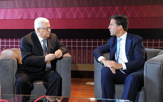 Palestinian Authority President Mahmoud Abbas, left, and Dutch Prime Minister Mark Rutte meeting in The Hague last week.  (Photo by SAFA.ps)