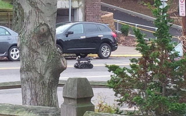 The Pittsburgh Police Bomb Squad, a specialty unit within the City of Pittsburgh Bureau of Police, operated a bomb robot. (Photo by Adam Reinherz)