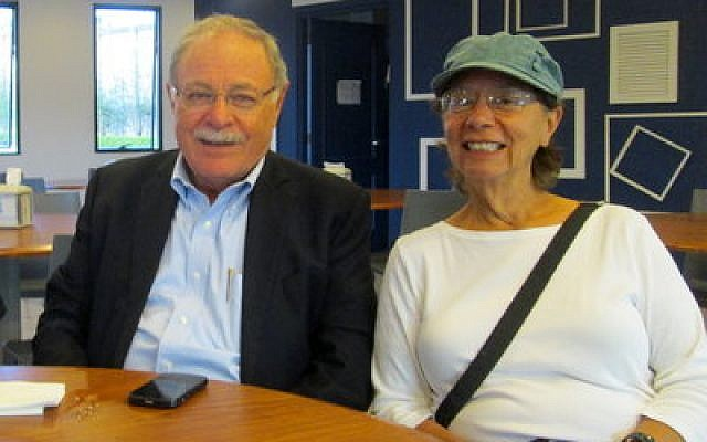Luis Lieberman, a former vice president of Costa Rica, and Simone Shapiro, share a table at the kosher dairy restaurant in San Jose. Photo provided by Simone Shapiro